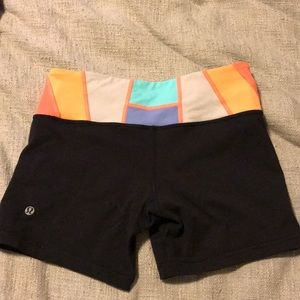 Lululemon Boogie Spandex Shorts Size 4 Reversible